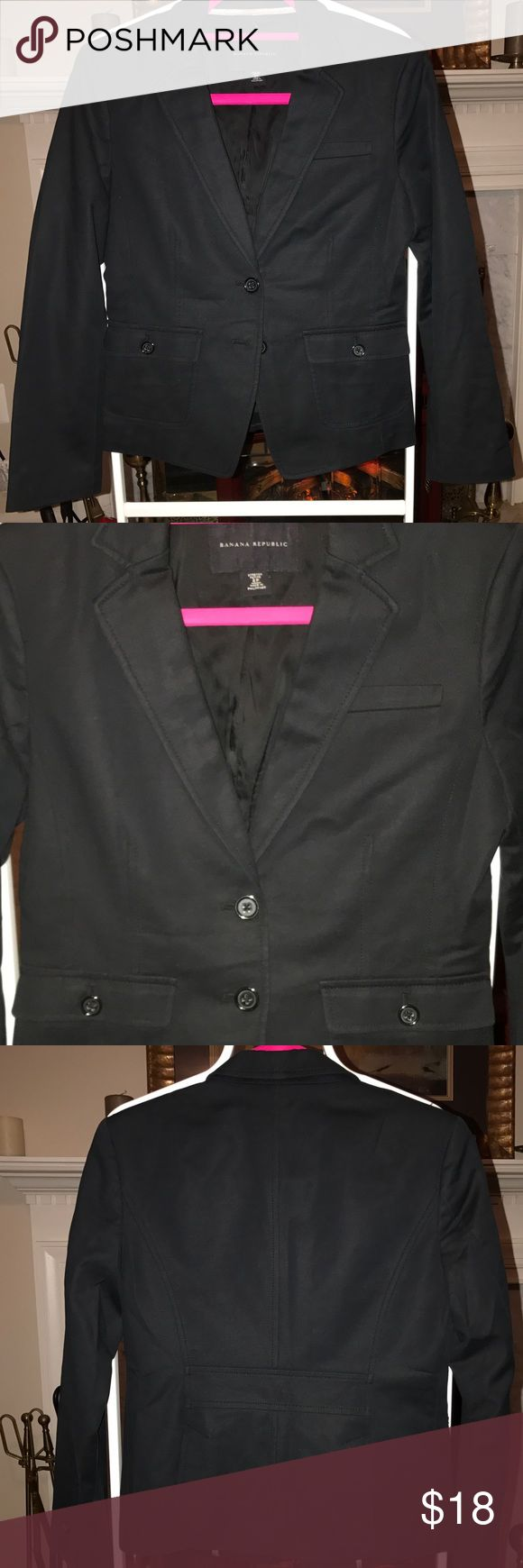 Banana Republic classic Blazer black stretch Sz 4p Banana Republic classic Blazer black stretch Sz 4p. Everyday versatile piece. Great for slacks, skirts, jeans. EUC Banana Republic Jackets & Coats Blazers
