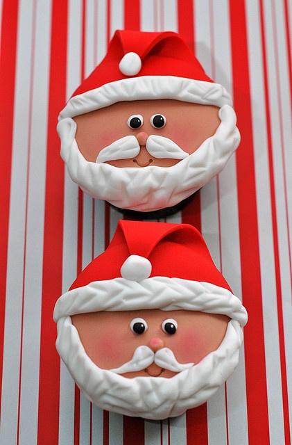@KatieSheaDesign ♡❤ #Christmas #cupcakes ♥ ❈ Santa Cupcakes