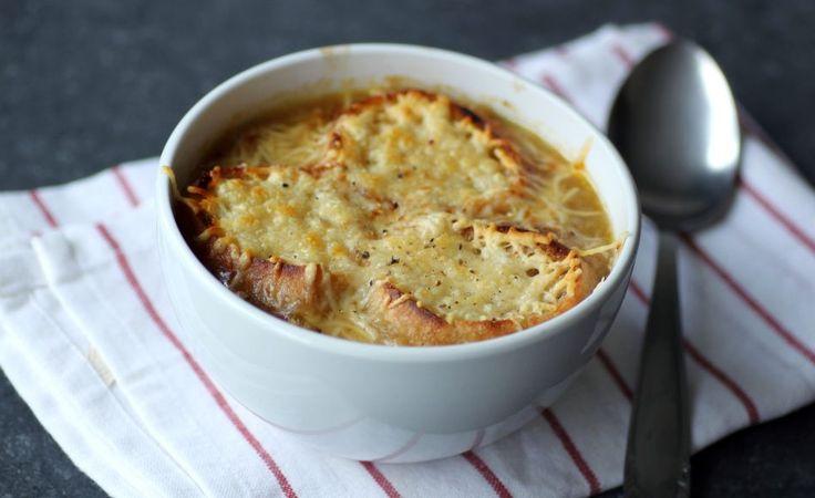 Recette de soupe à l'oignon gratinée