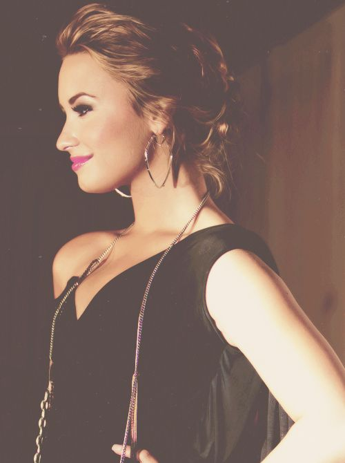 Demi Lovato. Such a beautiful, strong woman. Love her.