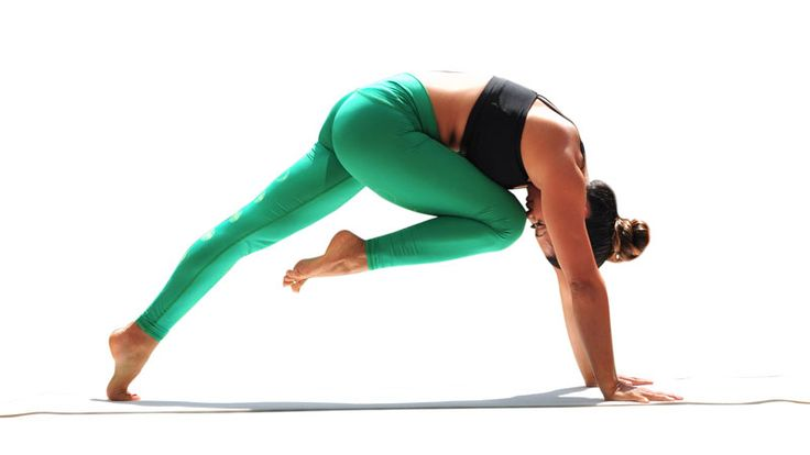 8 Best Yoga Poses for the Core