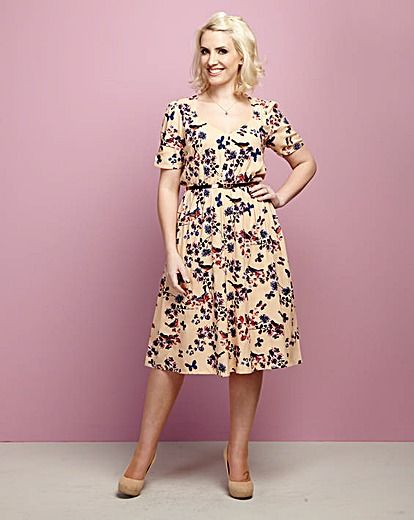 Claire Richards Print Tea Dress With FREE Metallic Skinny Belt http://www.fashionworld.co.uk/shop/claire-richards-print-tea-dress-with-free-metallic-skinny-belt/cn124/product/details/show.action?pdBoUid=1183