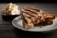 Sandwich au porc effiloché et rémoulade | Recettes | Signé M | Émission TVA