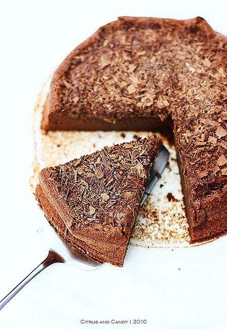 eve's chocolate cake: four ingredients gluten-free nut-free: Eve Chocolates, Chocolates Cakes, Cakes Flourless, Bittersweet Chocolates, Desserts Healthy, Ingredients Gluten Fre, Gluten Free, Gluten Fre Nut Fre, Flourless Chocolates