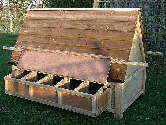 Best 20 hen house ideas on pinterest for Portable hen house