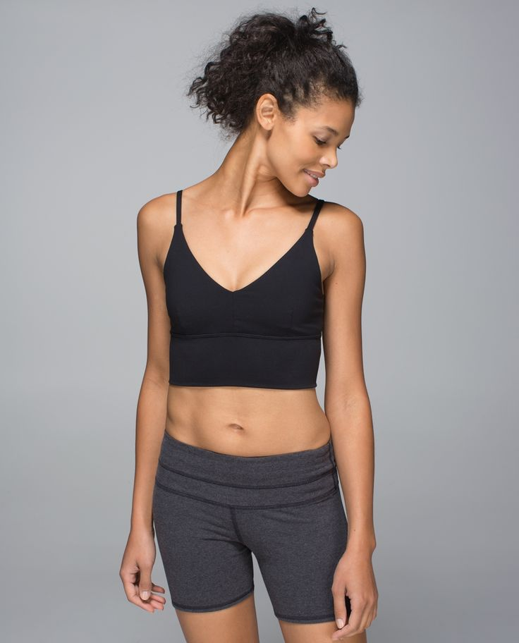 We designed this medium-coverage, light-support bra to be the perfect partner for our practice. The lightweight, wicking  fabric makes it easy to layer under a tank during  gentle flows and the long-line design gives us a little extra coverage when we wear it solo in Hot class.