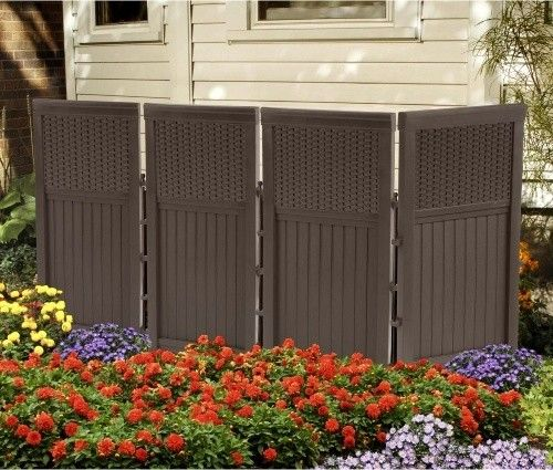 Where can you find a builder for aluminum screen enclosures?