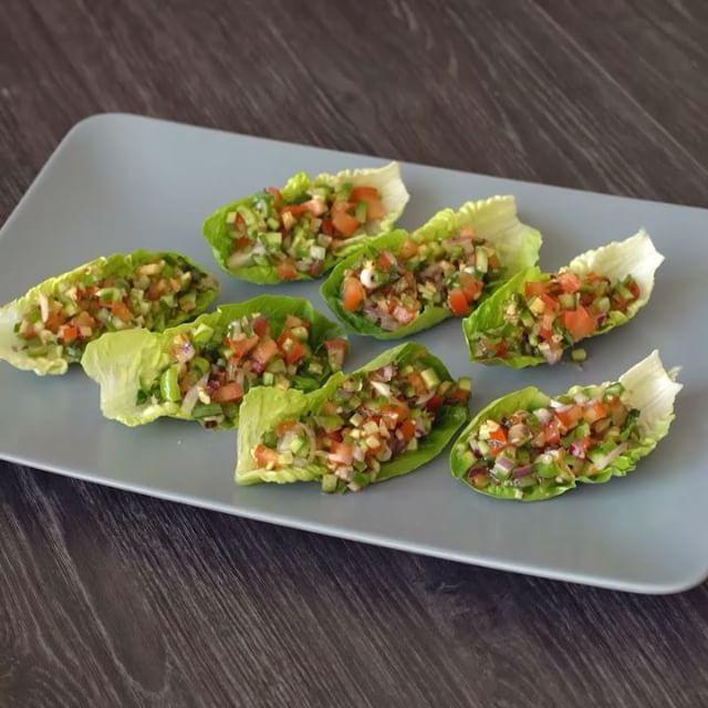 En Lezzetli Salata İyice Harmanlanmış Olandır: Kaşık Salata Nasıl Yapılır? - onedio.com