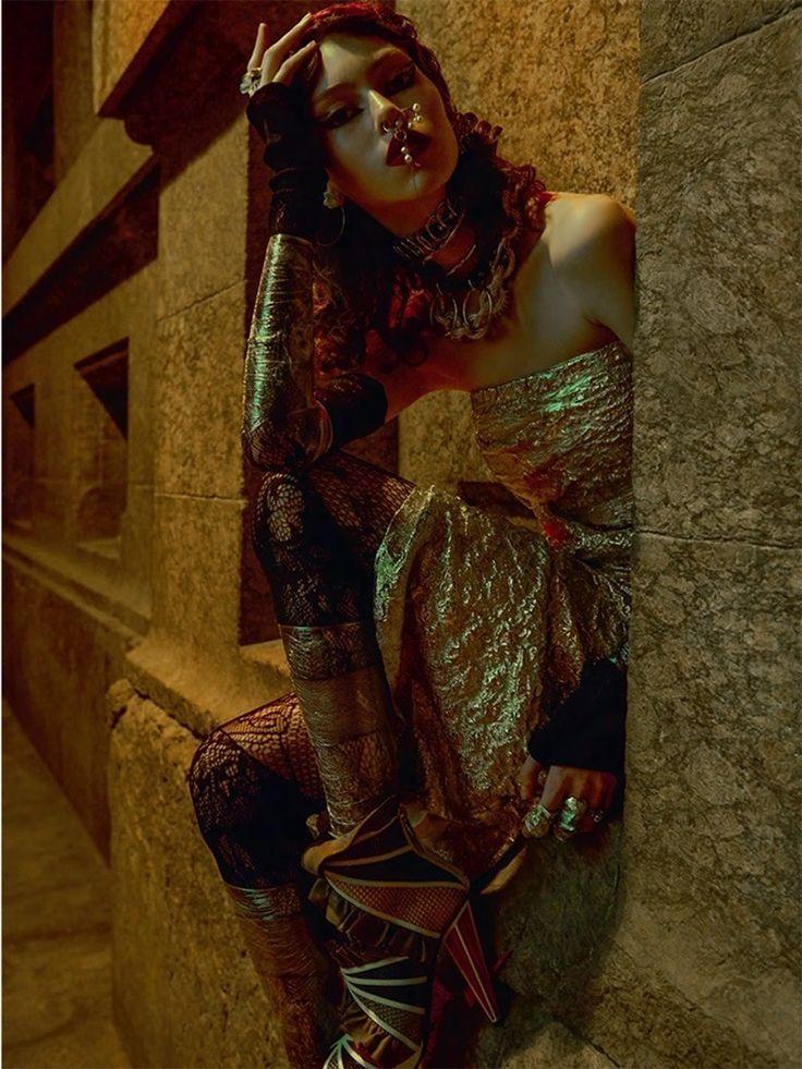 VOGUE BRAZIL Lorena Maraschi by Zee Nunes. Pedro Sales, December 2016