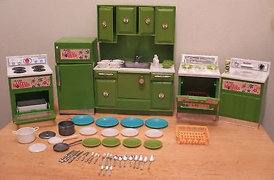 Vintage Marx Little Hostess Kitchen Set with Accessories-63 pieces! Dawn size in Dolls & Bears, Dollhouse Miniatures, Furniture & Room Items | eBay