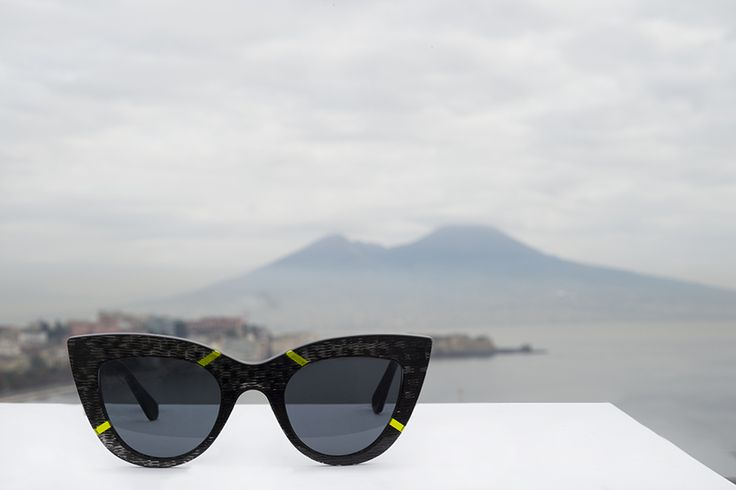 VANNI in Naples: the world pizza capital is the setting for #VANNI eyewear latest collection.