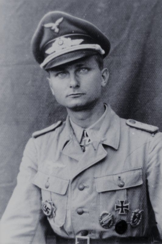 Oberleutnant Siegfried Jamrowski (1917-2012), Chef 6./Fallschirmjäger Regiment 3, Ritterkreuz 09.06.1944