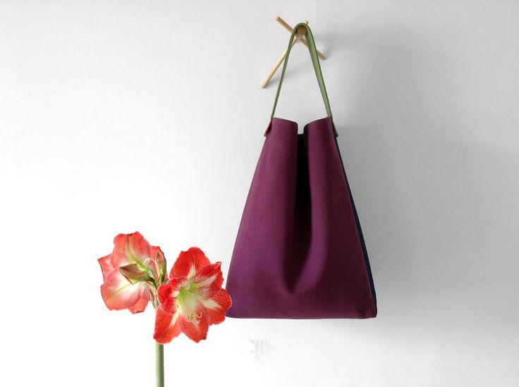 #Hobo #handbag in #purple and #blue #purecotton #fabric, #madeinItaly  #designer #hobobag by #fmldesign. #buyit on #etsy  https://goo.gl/ZUnyn1  #ホーボーバッグ