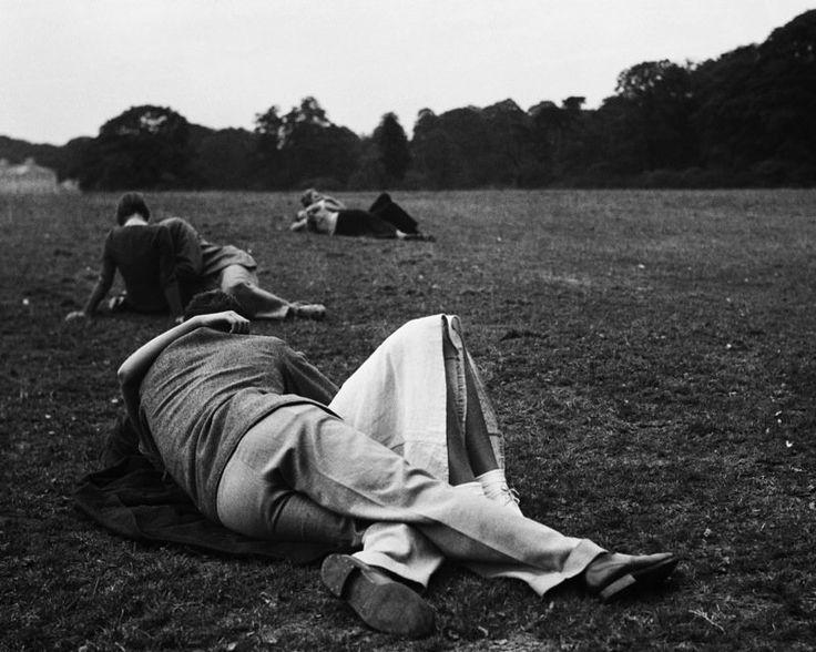Sunday Evening, Bill Brandt, 1936.