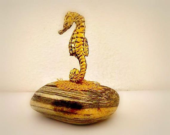 cast  brass Seahorse Beach Stone Paperweight Pebble Art Beach