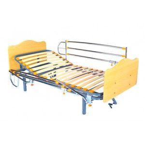 Cama articulada en 3 planos por manivela, patas regulables, cabeceros Mel KB y barandillas cromadas. http://ortovip.es/camas/292-cama-geria-de-husillo-con-cabecero-y-barandillas.html