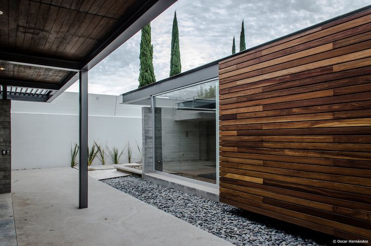 Gallery of TCH House / Arkylab - 3