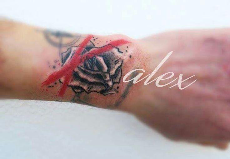 Rose tatoo black and white