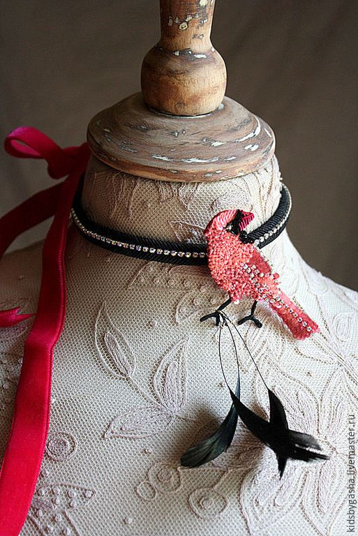 Купить Брошь KB15013 - розовый, черный, птичка, брошь, бархотка, ручная вышивка, детское украшение