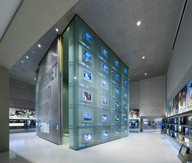cool Newseum / Freedom Forum Foundation World Headquarters   Ennead Architects Check more at http://www.arch2o.com/newseum-freedom-forum-foundation-world-headquarters-ennead-architects/