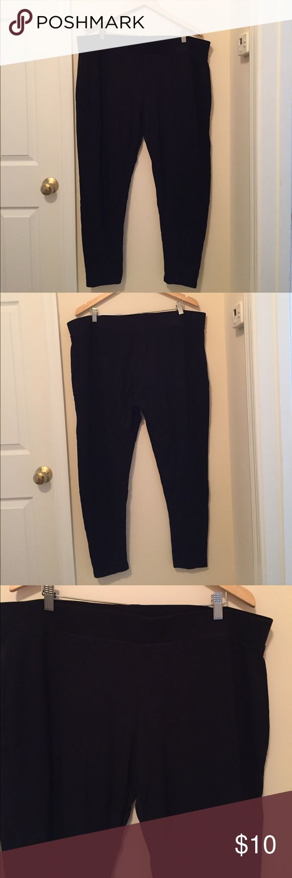 "Dex Leggings 3X Black stretchy leggings by Dex. Material is thicker and not see through. Flattering lined details on legs. Waist 42"", Hips 44"", Inseam 28"". 96% Polyester, 4% Spandex. Great condition. Dex Pants Leggings"