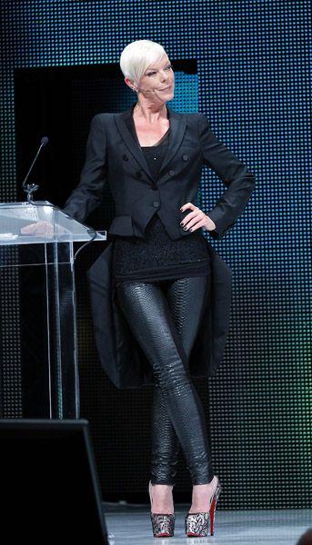 Those heels!!!! Tabitha+Coffey+wearing+Stardust.jpg (343×600)