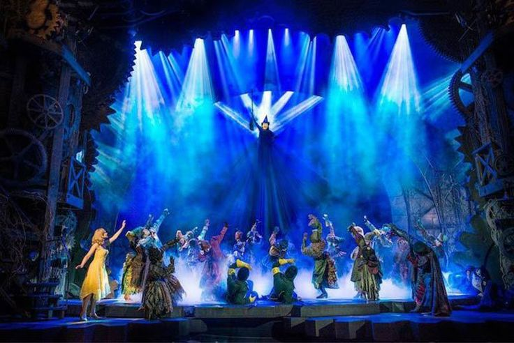 Discount Central London Stay & West End Show For 2 - Wicked, Dreamgirls & More! for just £149.00 Where: London.   What's included: Overnight stay for two people, breakfast and best available circle tickets to see Wicked, Woman in Black, Dreamgirls, Lion King or Mamma Mia (see Fine Print).   Hotel: Stay at the The Royal Cambridge Hotel, a gorgeous converted Victorian town house located in the...