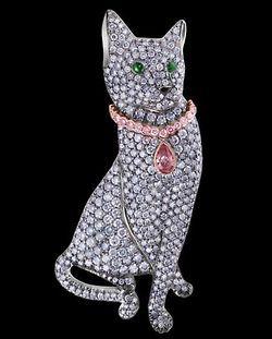 Duchess of Windsor diamond cat brooch via H & D Diamonds, fawnvelveteen.