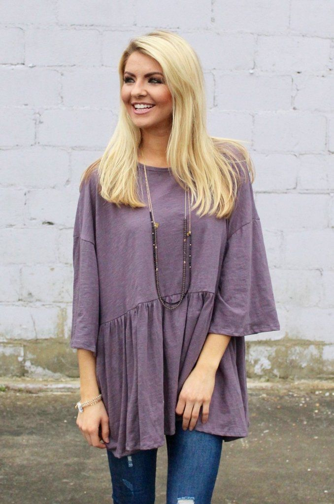 Keep your look easygoing with this violet oversized top! - Oversized fit - Shirred waist - 100% Cotton *Anne Elizabeth is 5'7 wearing a small*