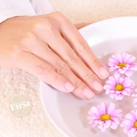 _Winter weather can be extra harsh on hands, leaving them dry and painfully chapped. So when we found this easy remedy that warms as it heals, we...