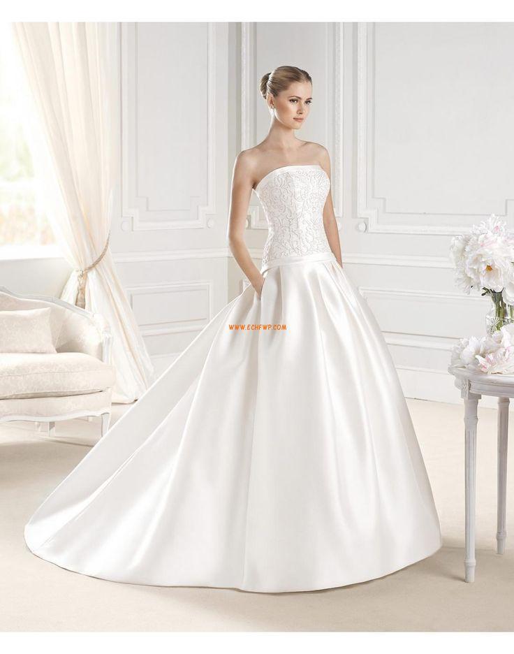 Zahrada / Venkovní Elegantní & moderní Výšivka Svatební šaty 2015