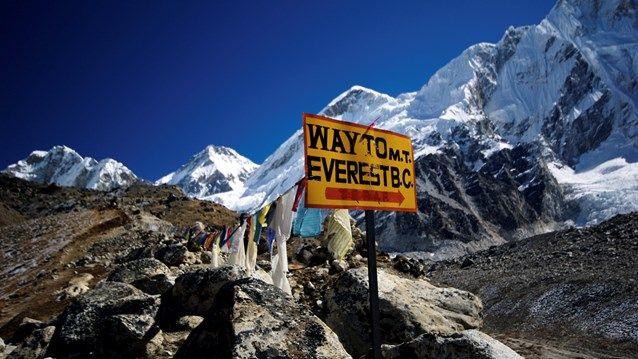 Way to Mt. Everest - Beautiful mountains in Himalaya on the way to Everest #nature #kilroy #trekking