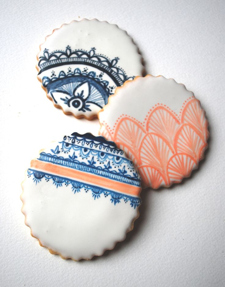 Vintage Bridal Lace Cookies by Sogi's Honey Bakeshop www.sogoalzolghadri.com