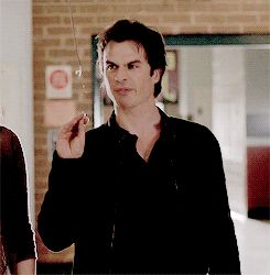 #TVD The Vampire Diaries  Damon xD