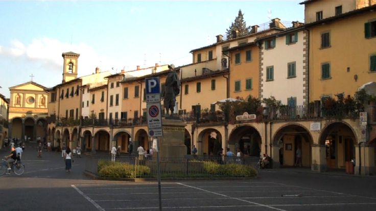 Greve in Chianti, Piazza Giovanni da Verrazzano