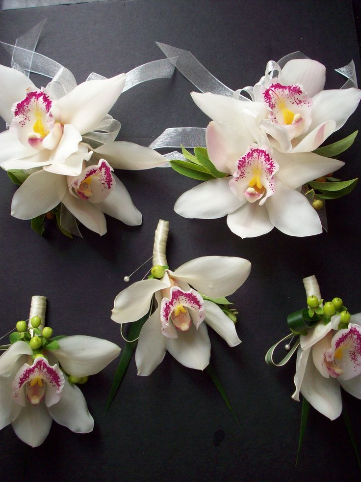 White Cymbidium Boutonnieres http://4.bp.blogspot.com ...