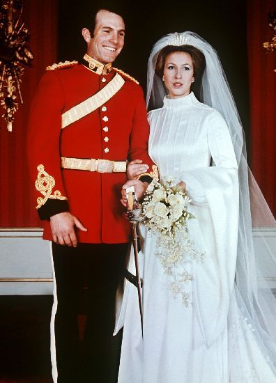 The Royal Order of Sartorial Splendor: Wedding Wednesday: Princess Anne's Gown for her wedding to first husband, Captain Mark Phillips, 1973