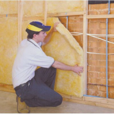 Bradford Gold insulation for walls is specifically designed to deliver optimal performance in exterior cavity walls.