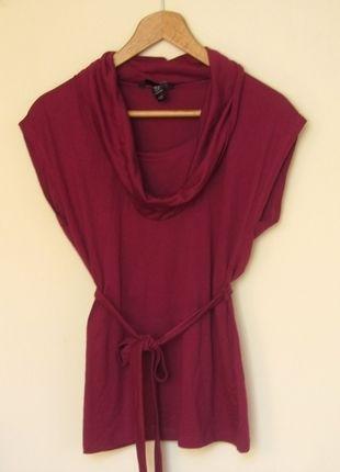 Kup mój przedmiot na #vintedpl http://www.vinted.pl/damska-odziez/koszulki-z-krotkim-rekawem-t-shirty/9933234-purpurowa-bluzka-hm-ladny-dekolt
