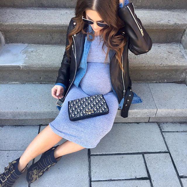 Photo by @melissasoldera - Stoop break😴 . . . #melsfashionedit #youtuber #fashionvlogger #melsoldera #ootd #35weeks #primaryessentials #montreallife #dressthebump #melsfashionedit #melsolderapreggostyle #dior #readytopop