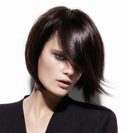 coupe carré cheveux courts