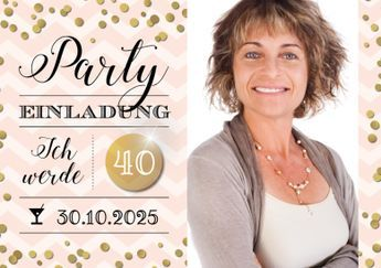 Trendy Einladungskarte in puderrosa mit Gold-Konfetti und großem Foto zum 30., 40., 50. oder 60. Geburtstag