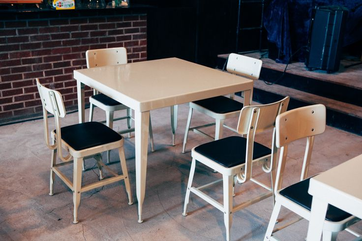 Standard table and chairs set of 4 on sale on Litetrain.com