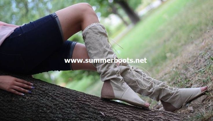 Летние женские льняные сапоги со шнуровкой и кожаной отделкой цвет бежевый Сделаны из натурального льняной ткани и натуральной кожи в беж