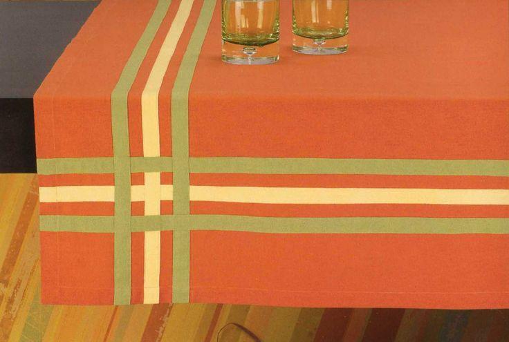 Εσείς προμηθευτήκατε το τραπεζομάντηλο για το πασχαλινό τραπέζι ; http://www.homeclassic.gr/arkhike/#!/~/category/id=3956249&offset=0&sort=normal
