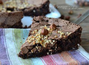 Torta morbida al cioccolato fondente e nocciole, una torta che si scioglie in bocca, buona e golosa, che resta umida e che si prepara in poco tempo