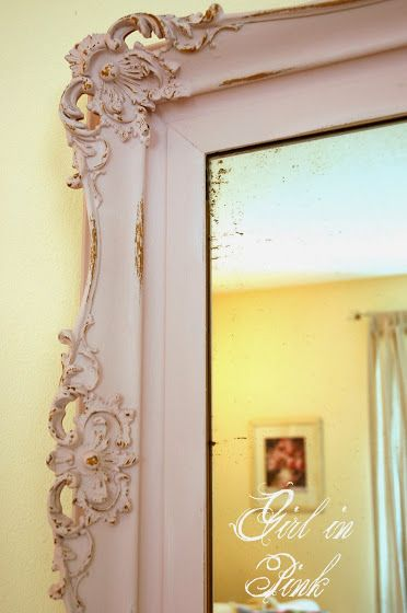 Distressed mirror using chalk paint and allowing the gold paint beneath to show through