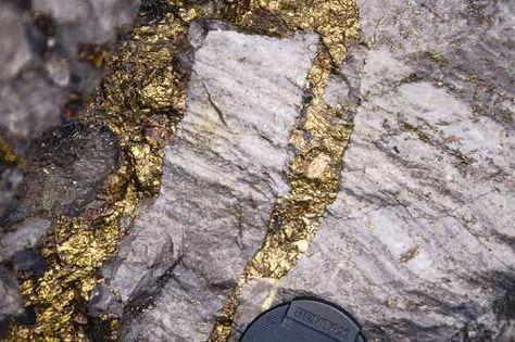 Vein of gold in rock (lode gold deposit) http://findinggold.org
