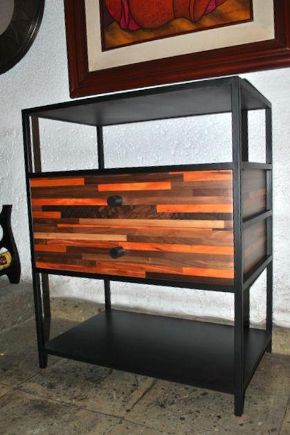 de pino y hierro forjado  Muebles de madera Rescatada  Pinterest