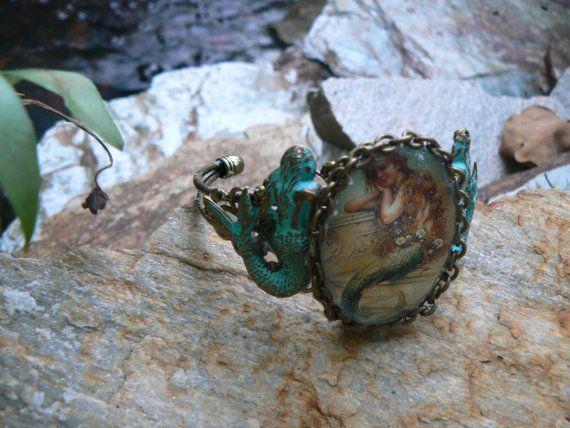 Meerjungfrau Armband Grünspan Manschette von gildedingypsy auf Etsy